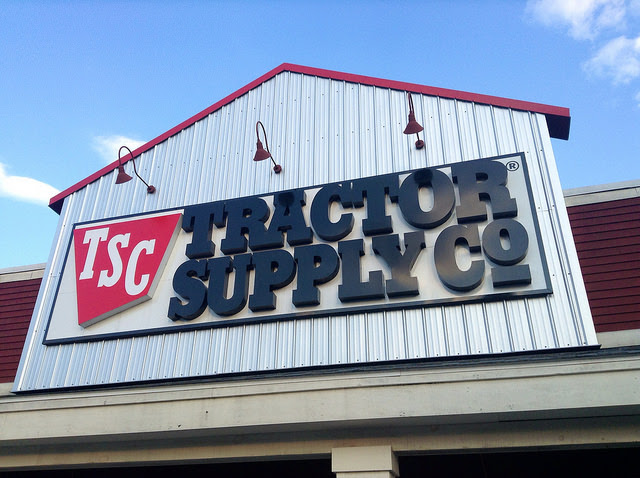 Backyard Poultry Event at Valley Center Tractor Supply Aug  10